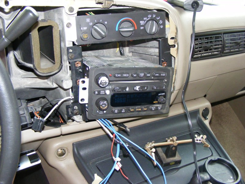 Wiring Harness For 2004 Gmc Envoy : How to install a stereo on chevy tahoe with bose